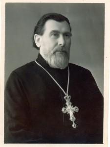 str16-2 священник Михаил Лобочев
