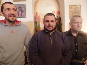 Дмитрий Путин с жильцами приюта