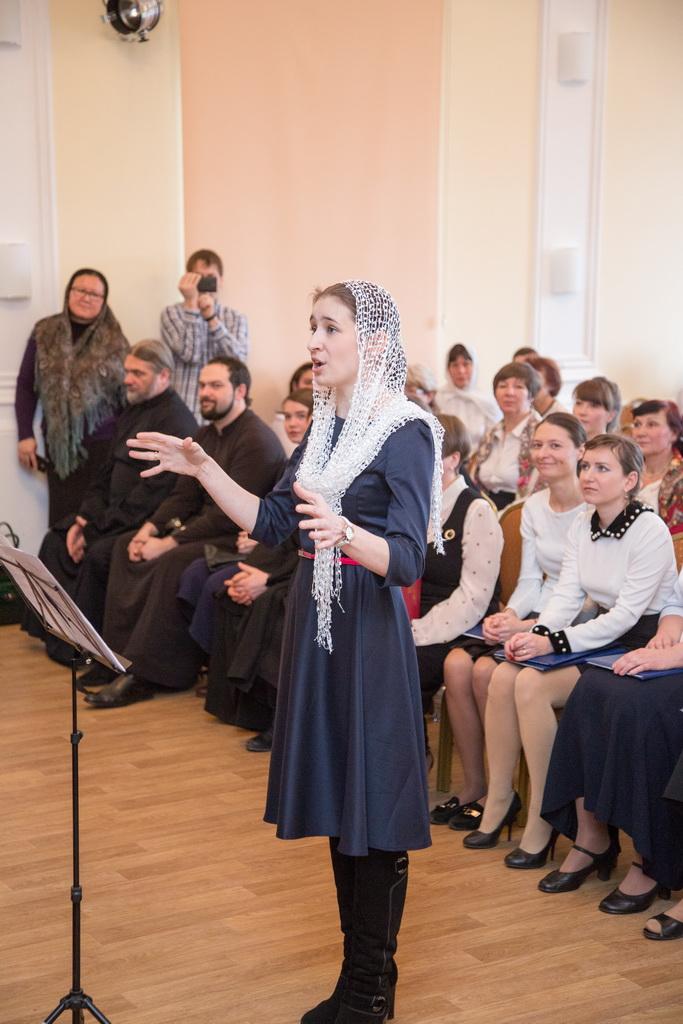 Первым руководителем хора стала трофимова галина васильевна